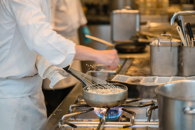 The Benefits of Utilising the Professionals for Kitchen Equipment Maintenance